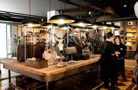 Inditex abre en elche su segunda tienda outlet de tempe for Oficinas centrales inditex