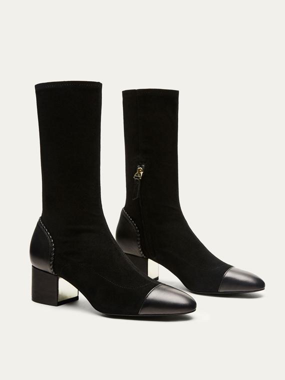 Botines con detalle de piel negro de Massimo Dutti