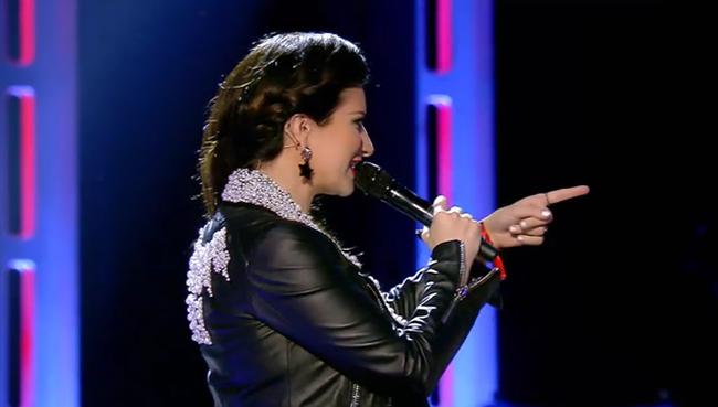 Laura Pausini dedica cancion fans MDSVID20150506 0167 17