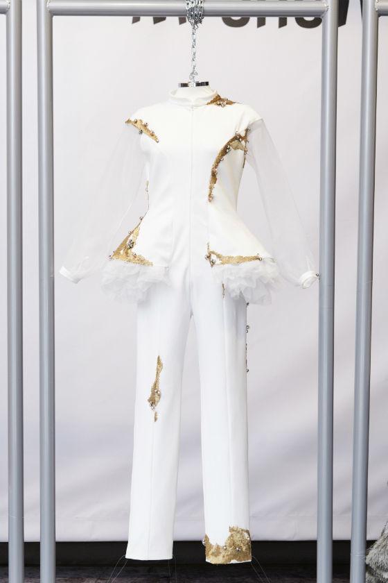 traje blanco nacho gamma mfshow lab by pandora