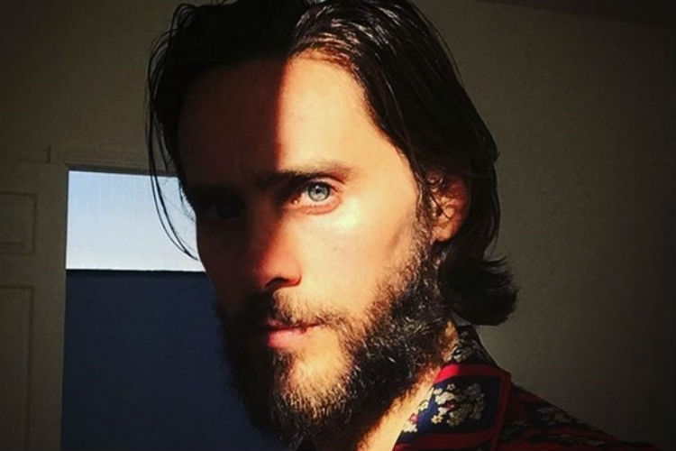 jared leto interpreta andy warhol