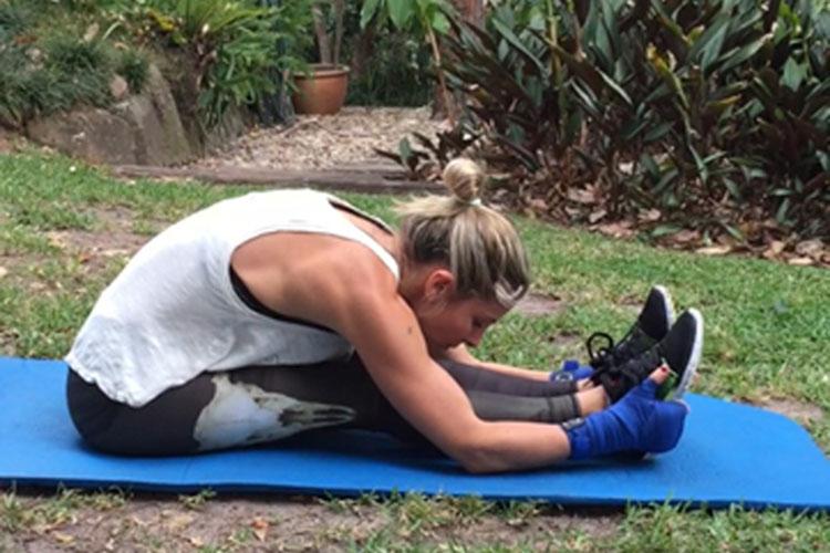 elsa pataky ejercicios gluteos abdominales