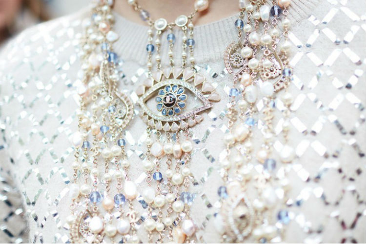 Perlas chanel de tendencias