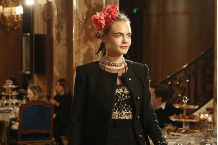 Cara Delevingne vuelve a desfilar para Chanel