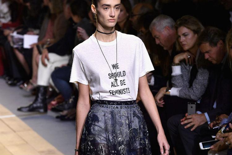 Tendencias: ¿Como llevar una camiseta con mensaje?