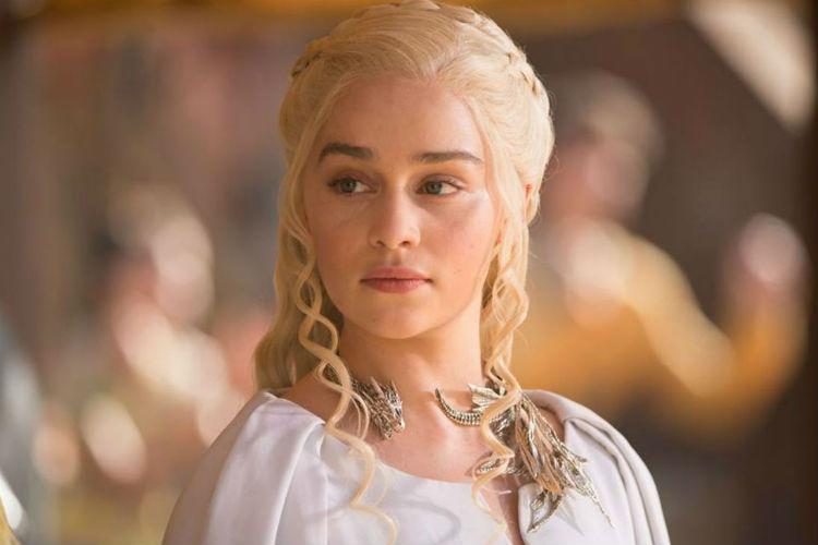 madre de los dragones nueva embajadora de Dolce & Gabbana