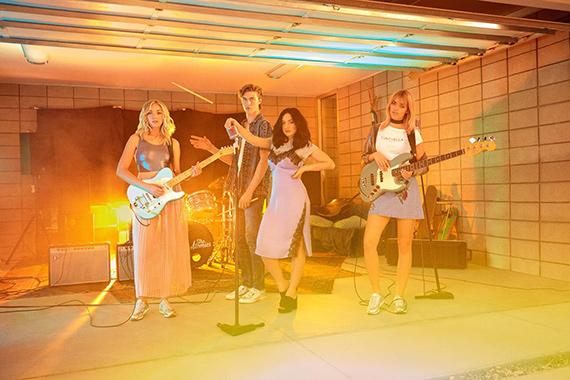 video musical campaña h&m loves coachella