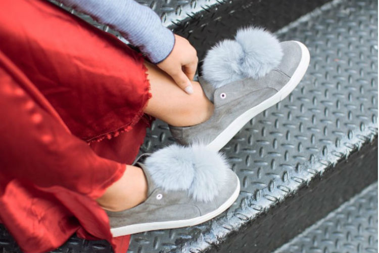 'Pom poms en tus zapatillas