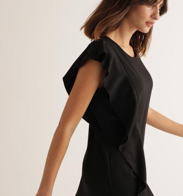 Vestido negro clásico