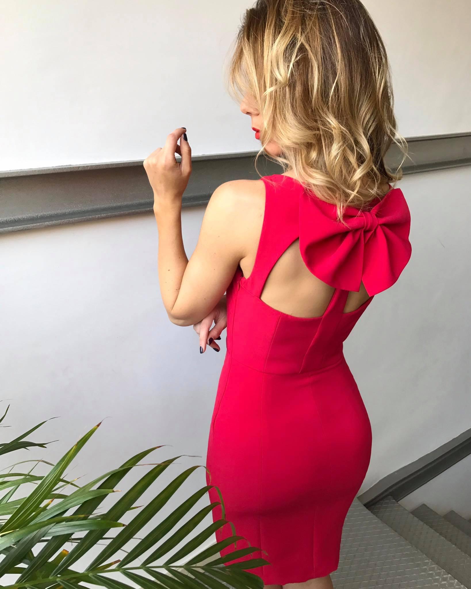 vesdtido rojo