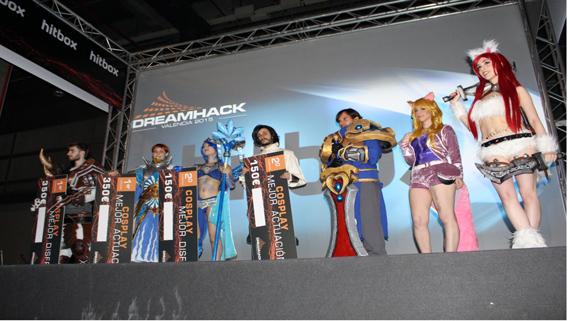 Concurso cosplay en el dreamhack