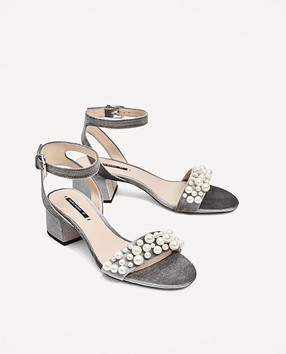 sandalias Zara terciopelo perlas