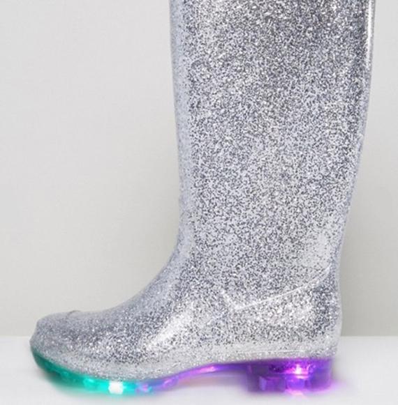 katiuskas Asos purpurina y luces fluorescentes