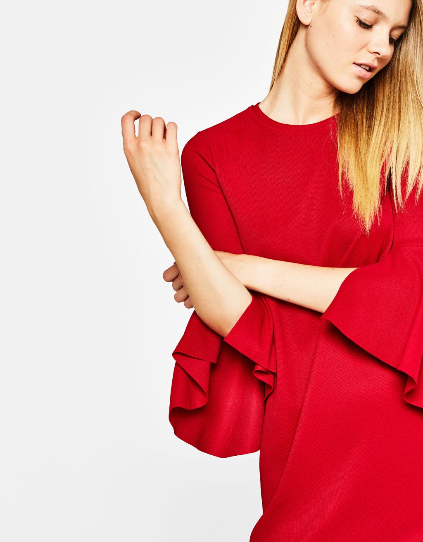 vestido rojo bershka