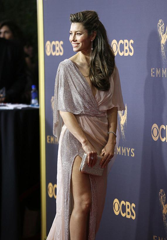 Jessica Biel Premios Emmy 2017