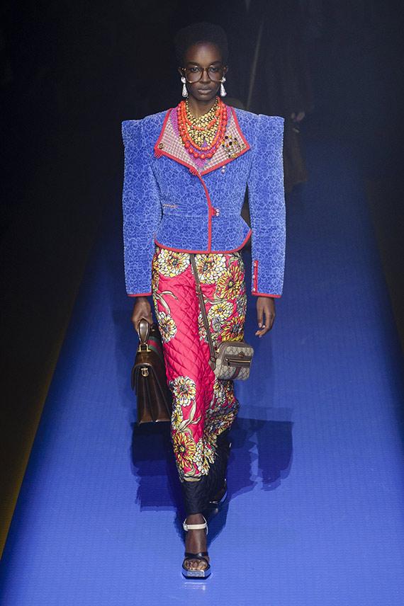 chaqueta hombreras Gucci