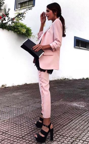 traje rosa rocio osorno
