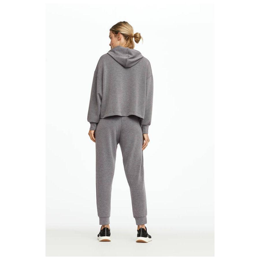 Pantalón jogger tacto suave