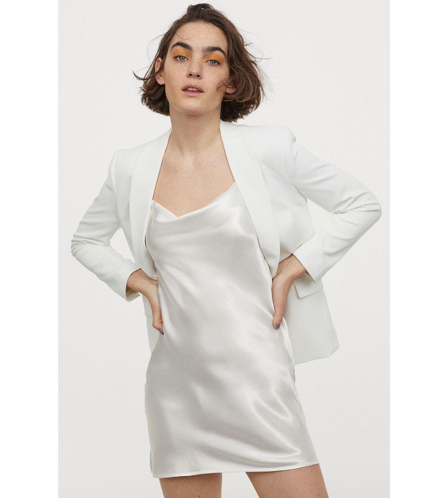 Vestido drapeado de satén 14,99 €