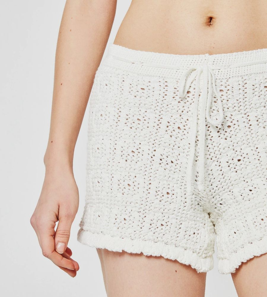 Short de mujer de crochet con cintura ajustable System Action 44.90€