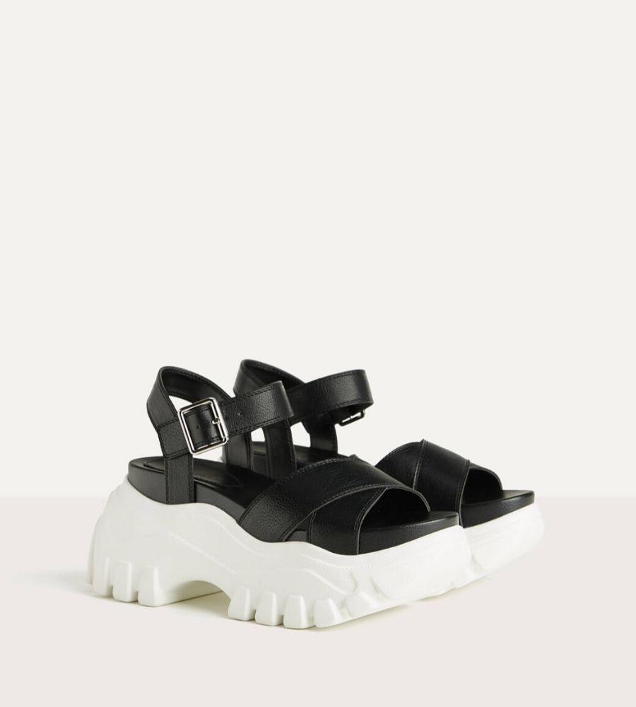 Sandalia deportiva plataforma