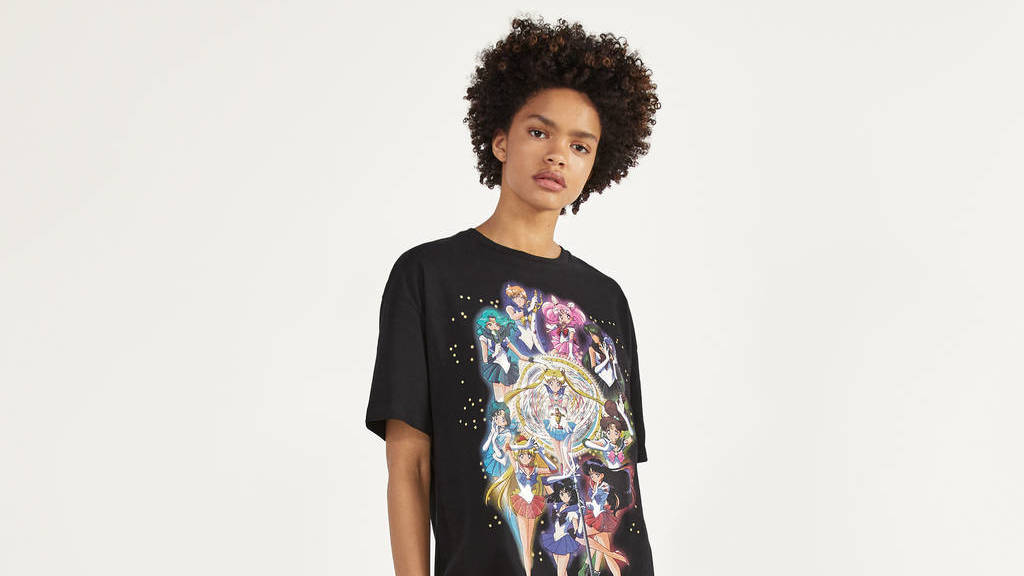 La camiseta de Sailor Moon Super ventas en Bershka