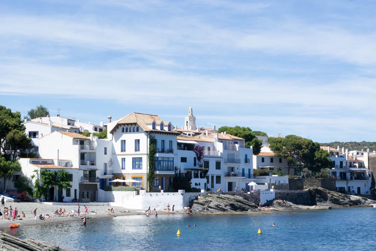 Cadaqués, Girona uno los lugares que no debes perderte este verano.