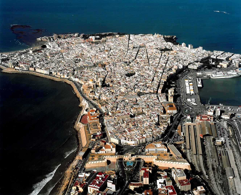 Los 7 lugares con más encanto de Cádiz