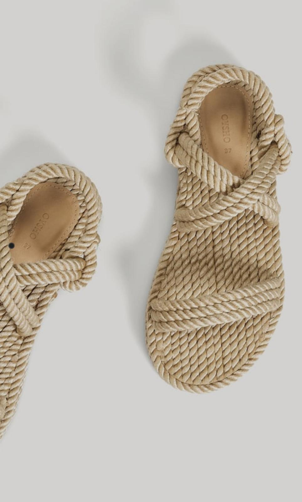 sandalias con cuerdas