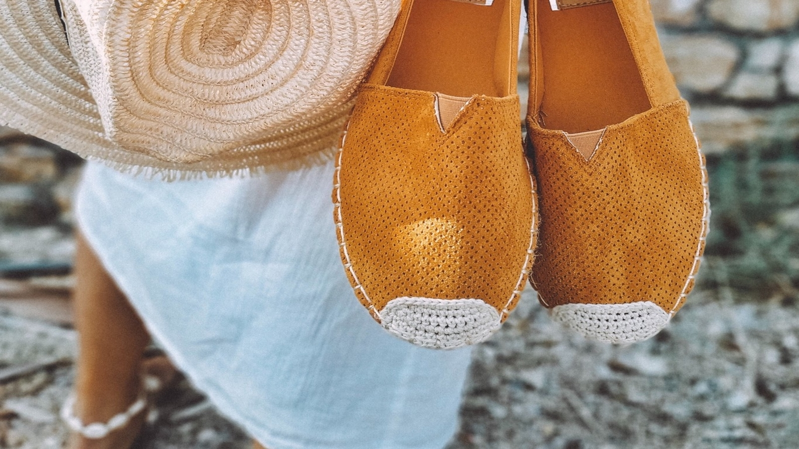 El calzado de verano que siempre está de moda, alpargatas
