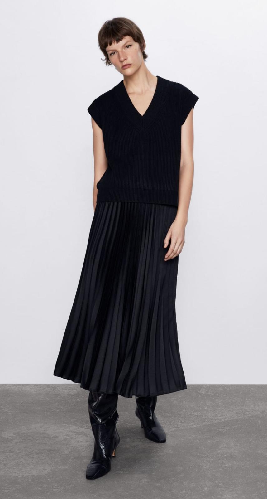Falda midi de tiro alto con cintura elástica color negro 25'95€