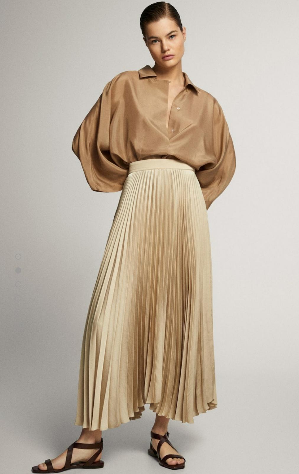 Falda plisada cinturilla en color dorado de Massimo Dutti 39'95€