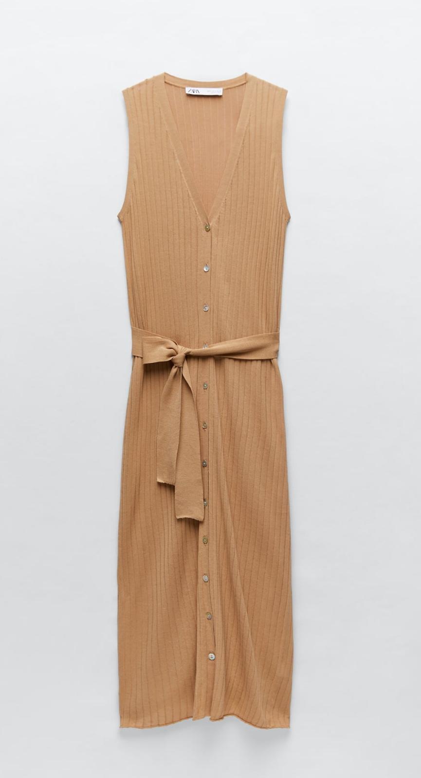 Vestido de punto con lazada en la cintura de Zara