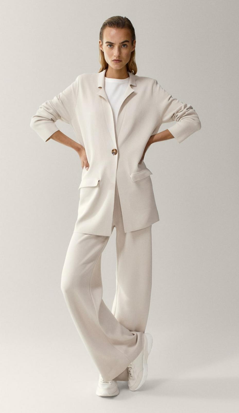 Blazer y pantalón de punto de Massimo Dutti