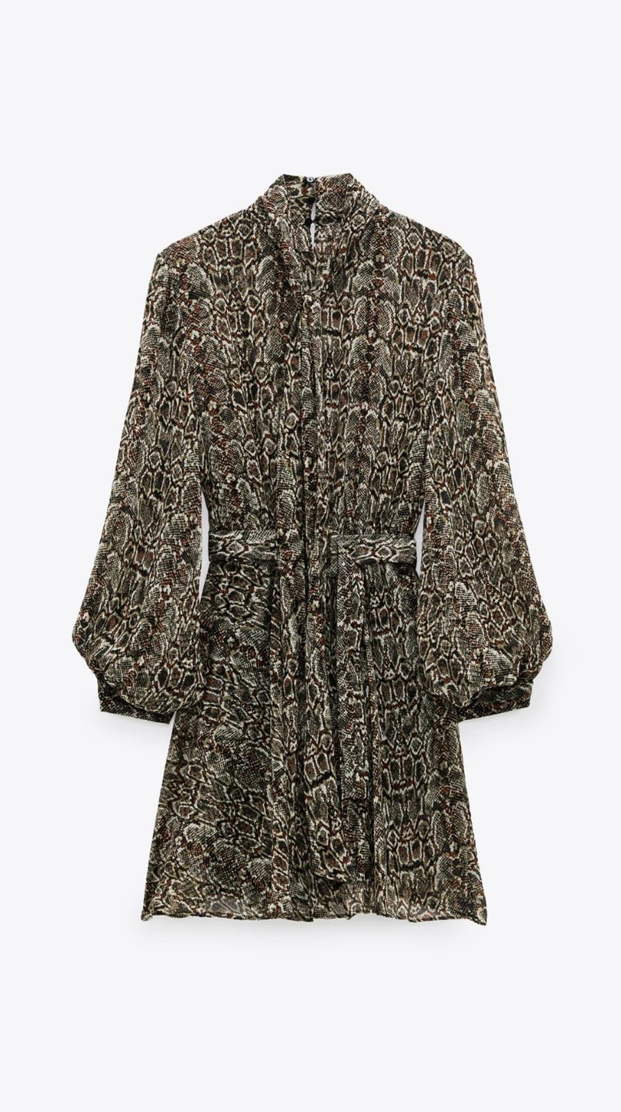 Vestido fluido con mangas abullonadas animal print de Zara