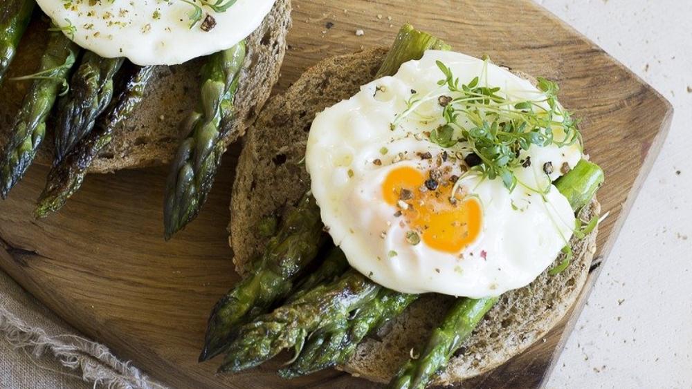 9 tostadas variadas y muy sabrosas para un desayuno o una cena saludable y fresca.