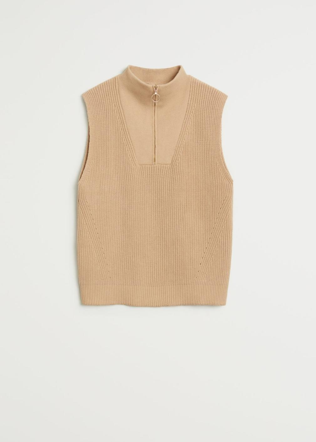 Chaleco de cuello perkins con cierre de cremallera, de Mango (29'99€)