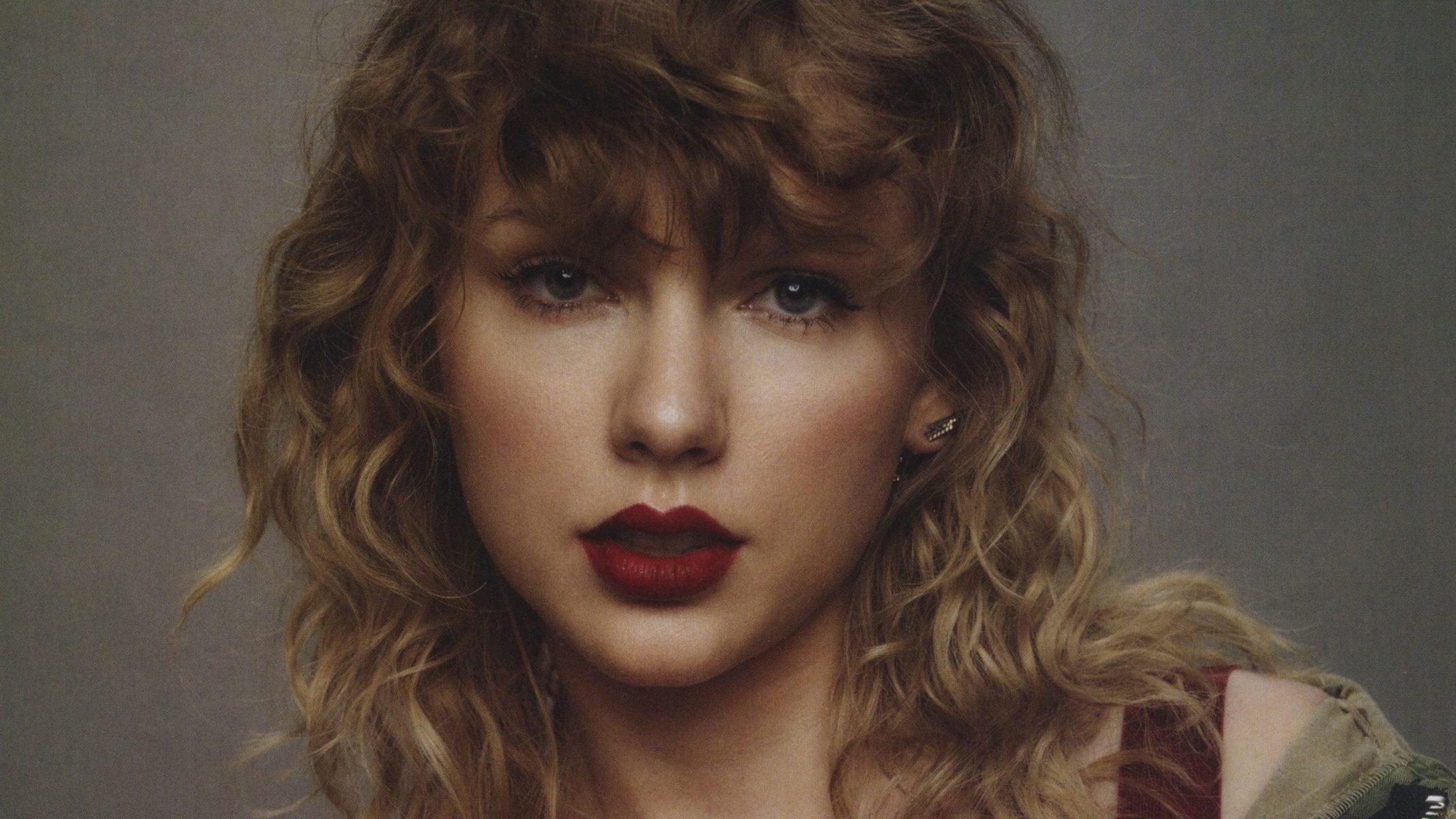 Taylor Swift es una cantante estadounidense de 31 años, originaria de Pensilvania