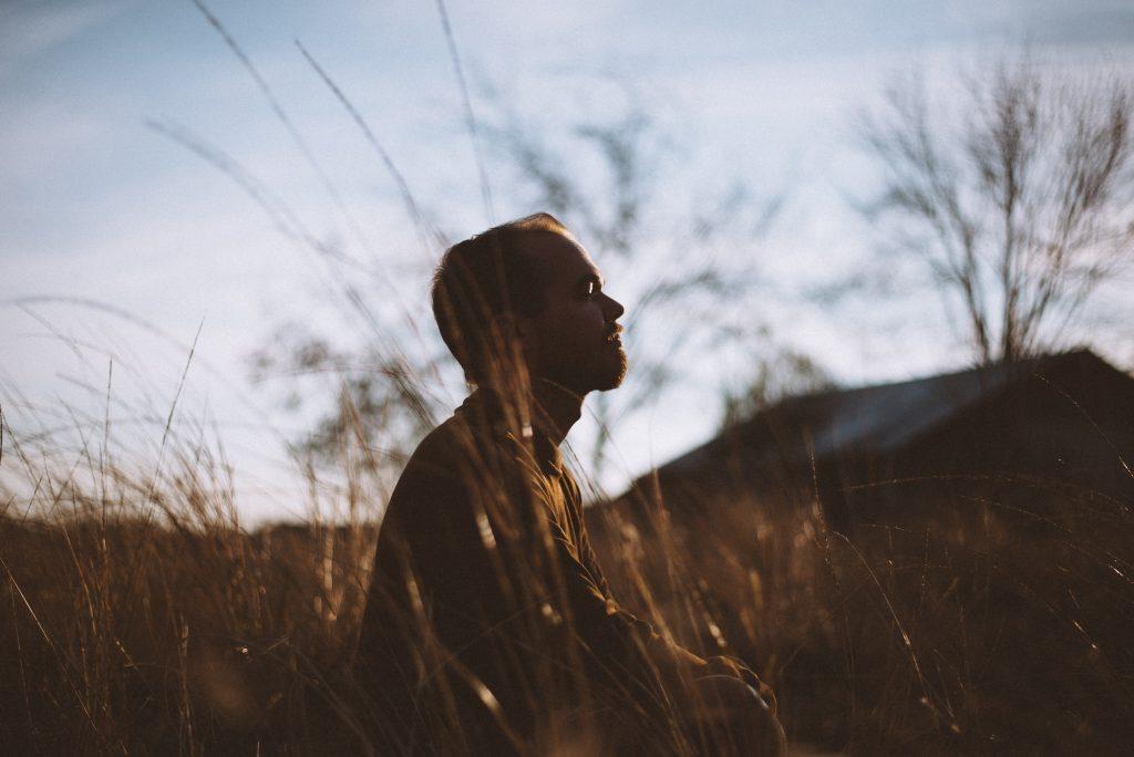 La meditación no es nociva en sí misma, si no su práctica sin supervisión
