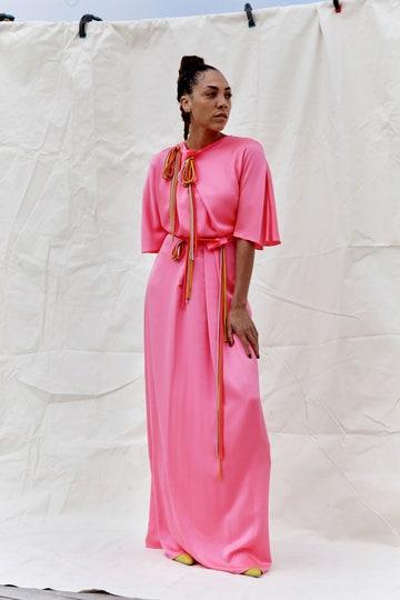 El rosa y de forma más general, los tonos pastel, recobran protagonismo esta temporada.