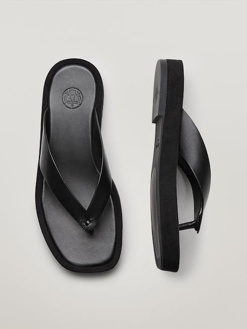 Sandalia de piel plataforma.