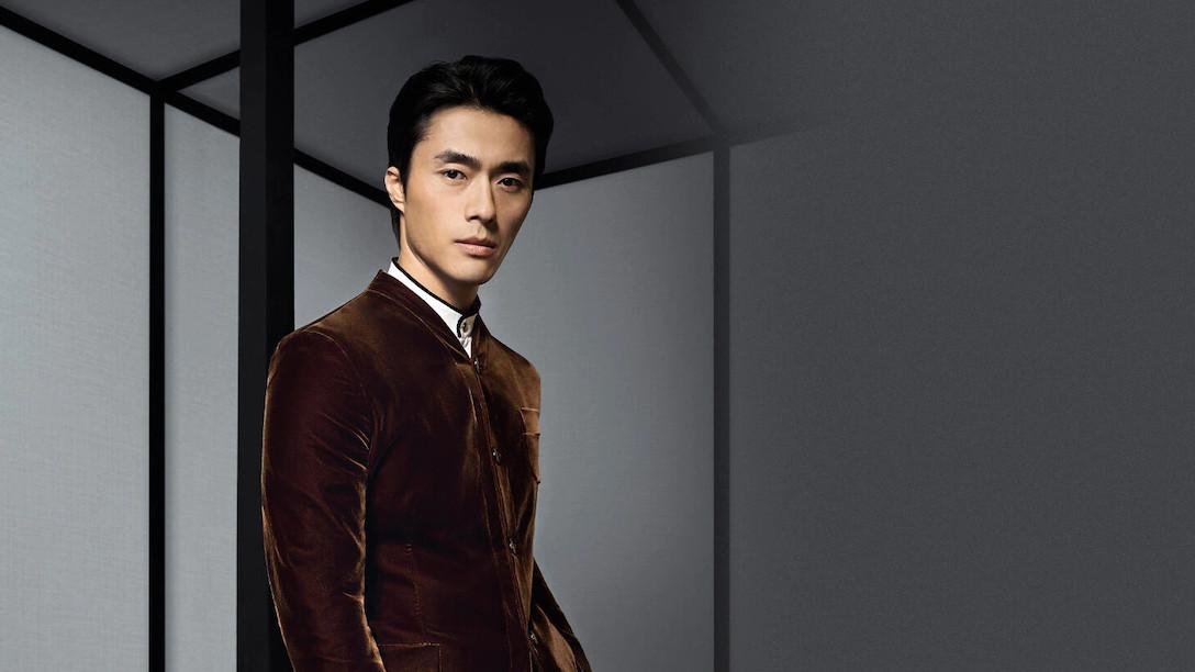 Armani es una de las mejores marcas de moda para hombre del Mundo